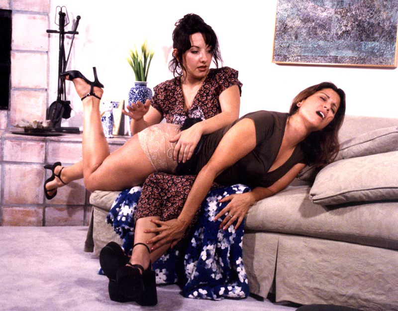 Young amuter lesbian videos