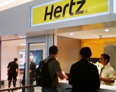 Como conseguir alugar um carro por um preço imbatível no aeroporto de Santiago