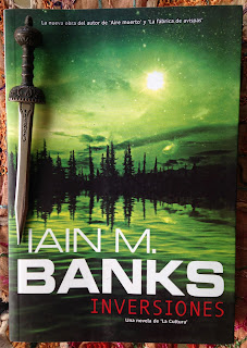 Portada del libro Inversiones, de Iain M. Banks