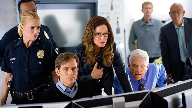 Major Crimes - Season 3 Episode 07: Two Options