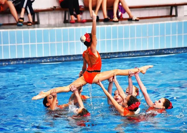 Водные танцы