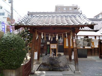 塚本神社手水舎