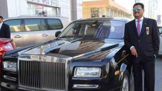 جاء إلى الإمارات ومعه 8 دولار.. واليوم يملك شركات بالمليارات لن تصدق من يكون هذا الرجل !