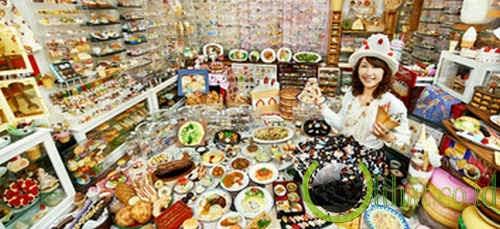 Koleksi terbesar makanan plastik