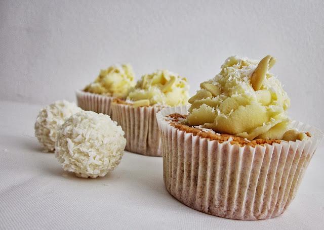 Raffaello-Cupcakes und Raffaellos