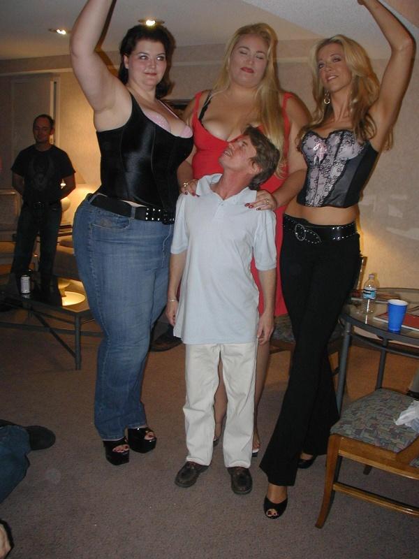 Tall Big Booty Girls