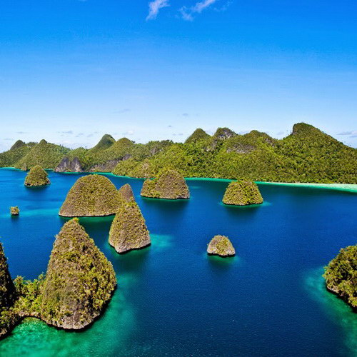 Tinuku Travel Misool Island, bits of heaven sent to Raja Ampat for snorkeling and diving
