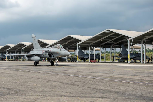 FRENCH RAFALES AND SWEDISH GRIPENS TRAIN TOGETHER