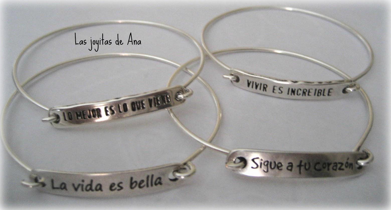 8b82a2f135f7 Mis joyitas  Sara Carbonero pulseras con mensaje baño de plata ..