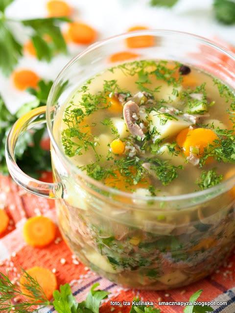 krupniczek, domowy krupnik, zupa dnia, co na obiad, zoladki drobiowe, mlode warzywa, mloda wloszczyzna, comfort food, zupa domowa, jak u babci