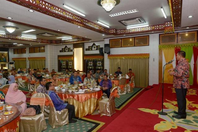 Plt Gubernur Aceh Minta Pengesahan APBA dan APBK Tuntas Tepat Waktu