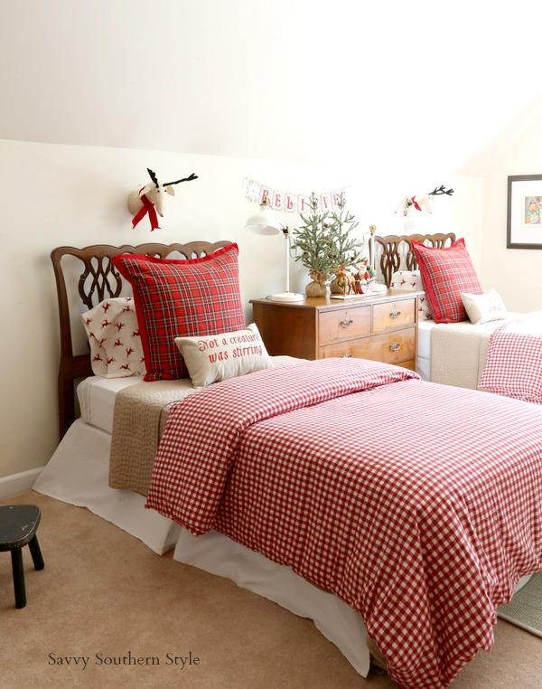 Savvy southern style the cutest christmas bedroom for Southern style bedroom