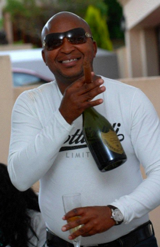 Prime Kenny Kunene Mr Sushi Mansion House Pictures South Africa Short Hairstyles Gunalazisus