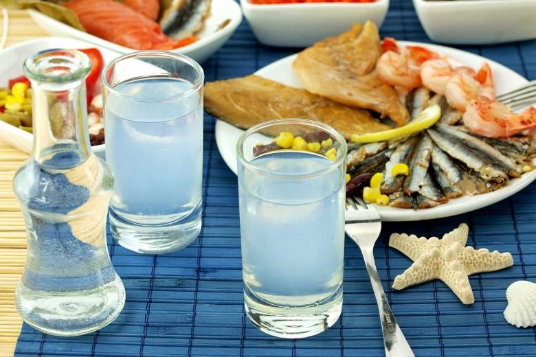 Το θαυματουργό ποτό των Ελλήνων!!! Καθαρίζει τις αρτηρίες, προστατεύει το συκώτι και άλλες ασθένειες!