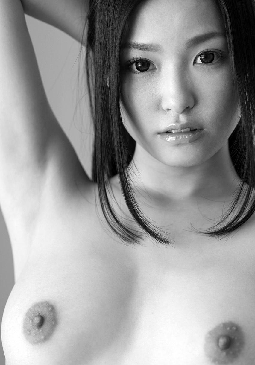 ai yuzuki sexy naked pics 05