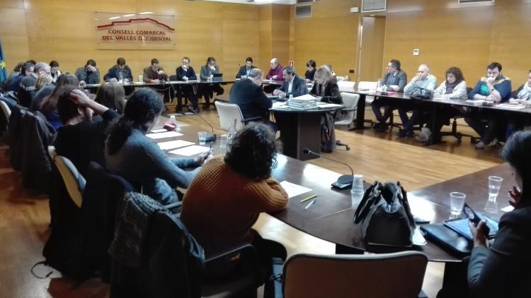 El consejo comarcal dar apoyo a personas afectadas por for Hipotecas afectadas por el suelo
