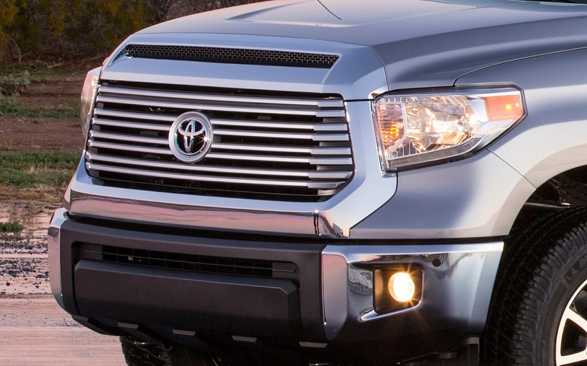 2014 Toyota Tundra Widescreen HD Wallpaper 3