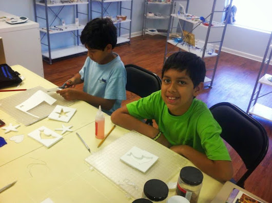 Kids' Glass Classes in Session!