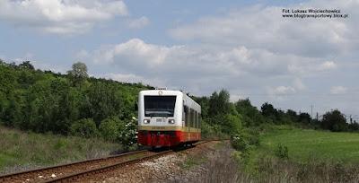 SA109-009, linia kolejowa do Balic