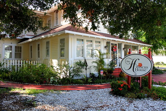 Welcome to the Hibiscus House Bed and Breakfast nestled between the Edison-Ford Winter Estate and the Old Fort Myers Downtown area. It is within walking distance to the Caloosahatchee River, Centennial Park and many fine restaurants. Day trips may include Fort Myers Beach, Sanibel and Captiva Islands, or the Everglades. The Inn has off-street parking and central air conditioning. The Hibiscus House bed and breakfast welcomes well supervised children 5 years and older, and is a non smoking facility.