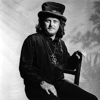 Zucchero: Love is all around