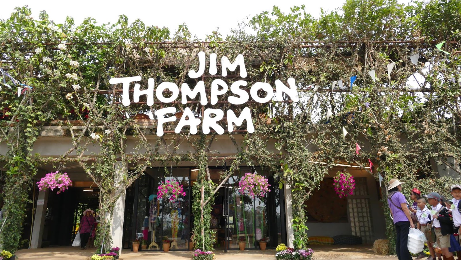 I LoVe tO TRaVeL with VideoCobra: Jim Thompson- A Cup of Love -Flora ...