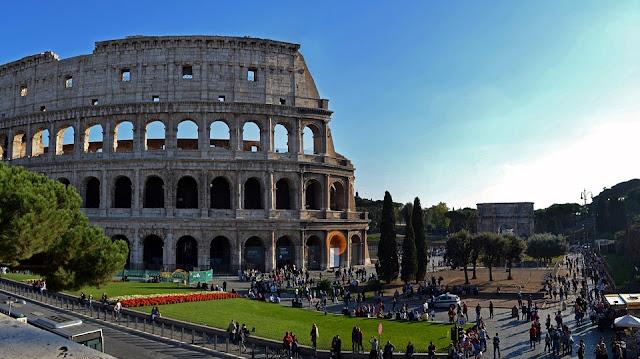 Corsi e passeggiate nella roma del passato associazione culturale tavola rotonda sguardo sul - La tavola rotonda assisi ...