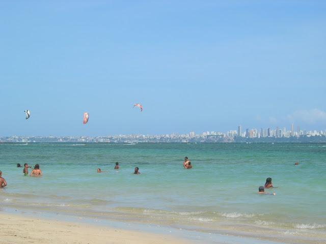 Praia da Penha com vista para Salvador - Ilha de Itaparica - Bahia - Baía de Todos os Santos