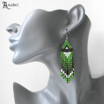 Зеленые серьги из бисера с бахромой anabel 27