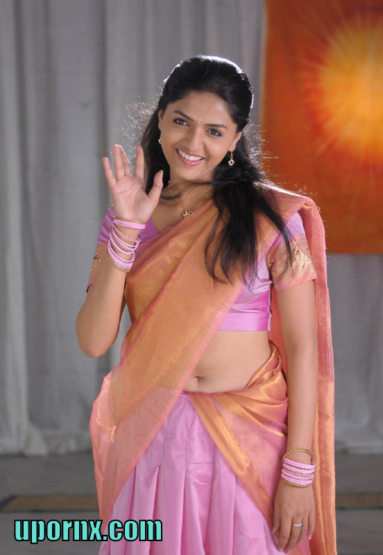 South Indian Actress Blue Film Hot Telugu Pics Sunaina-4211