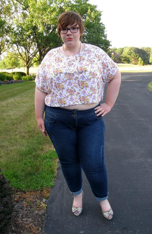 25b26ee2321c1 Allison s Adventures in FATshionland  Fat Girl In Crop Top!  )