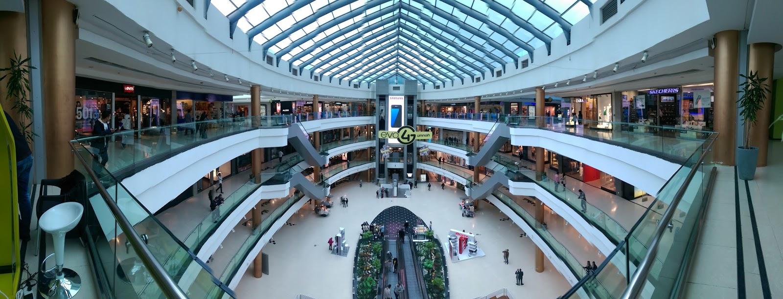 Baraka Mall Food Court