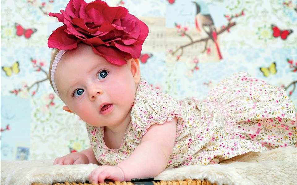 cuty cuty little baby picture Full HD