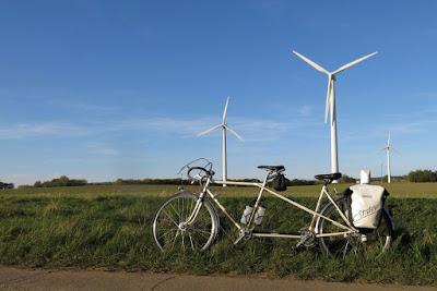 Wind turbines - Peugeot Tandem