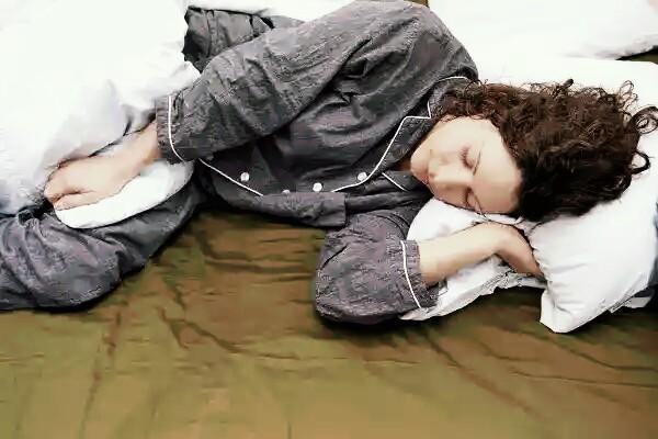 Smart pajama detect why you cannot sleep smoothly!