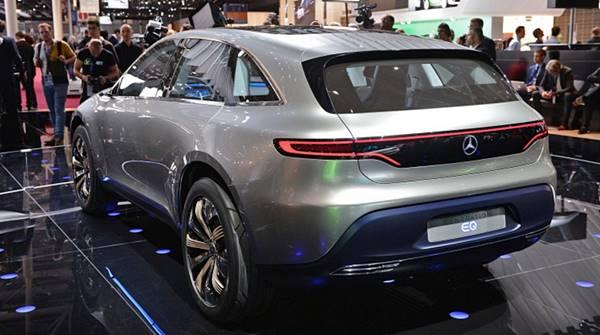 2020 Mercedes-Benz All-Electric SUV EQ concept's