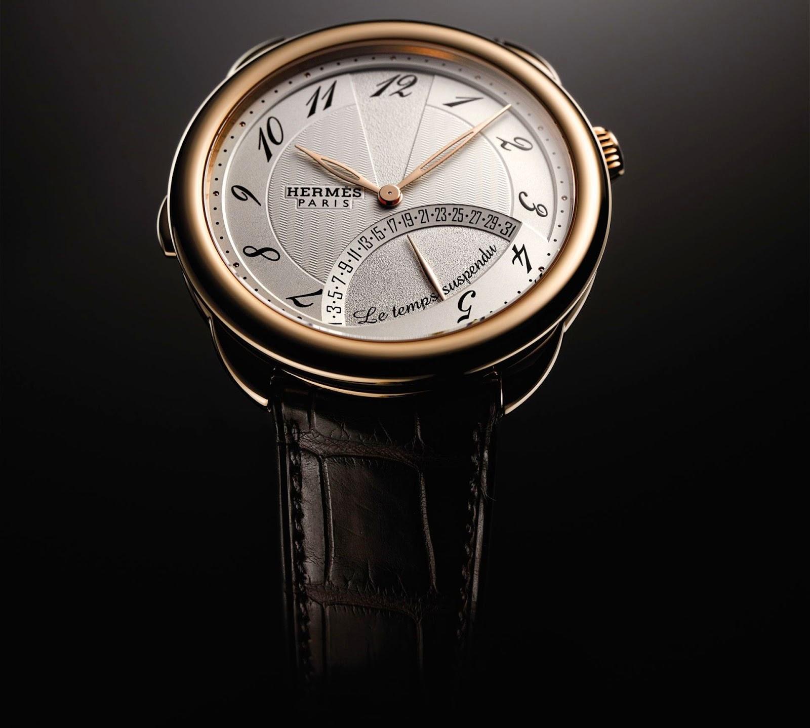 Hermès Arceau Le temps Suspendu Rose Gold watch 43mm model retrograde date