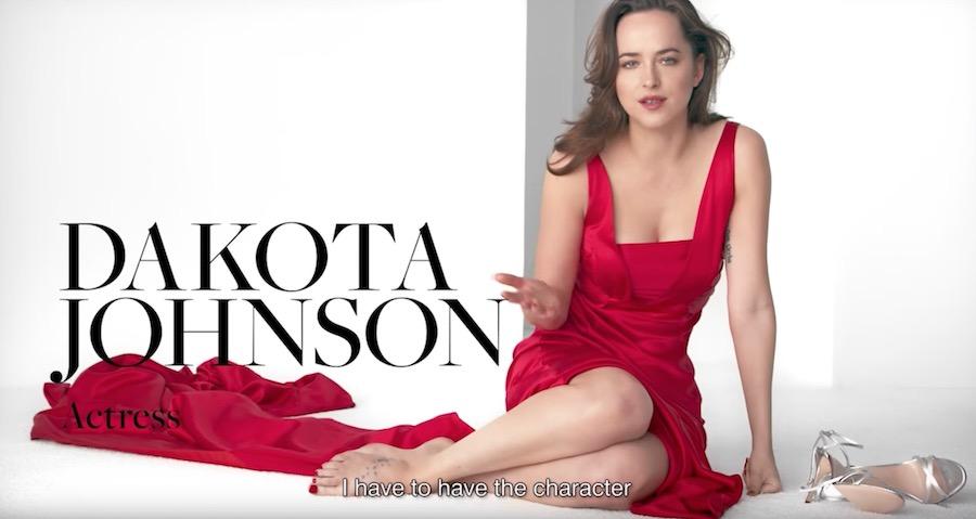 Modella/Attrice INTIMISSIMI Spot 2017 con Vestito ROSSO
