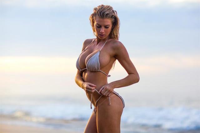 Hot girls Charlotte McKinney heats up in barely-there bikini 11