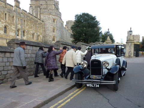 Ellen Is Exc T Wedding Car Co Uk Day Out To Saint James The Great