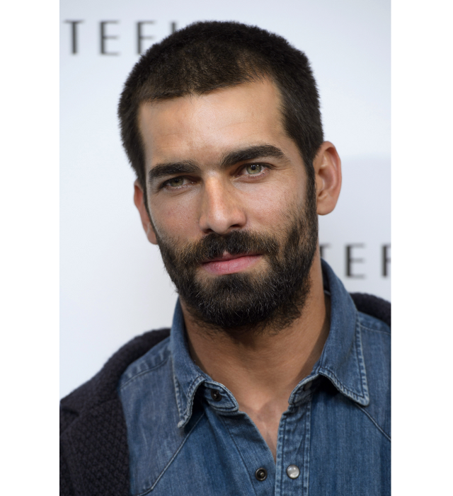 El actor Ruben Cortada con barba