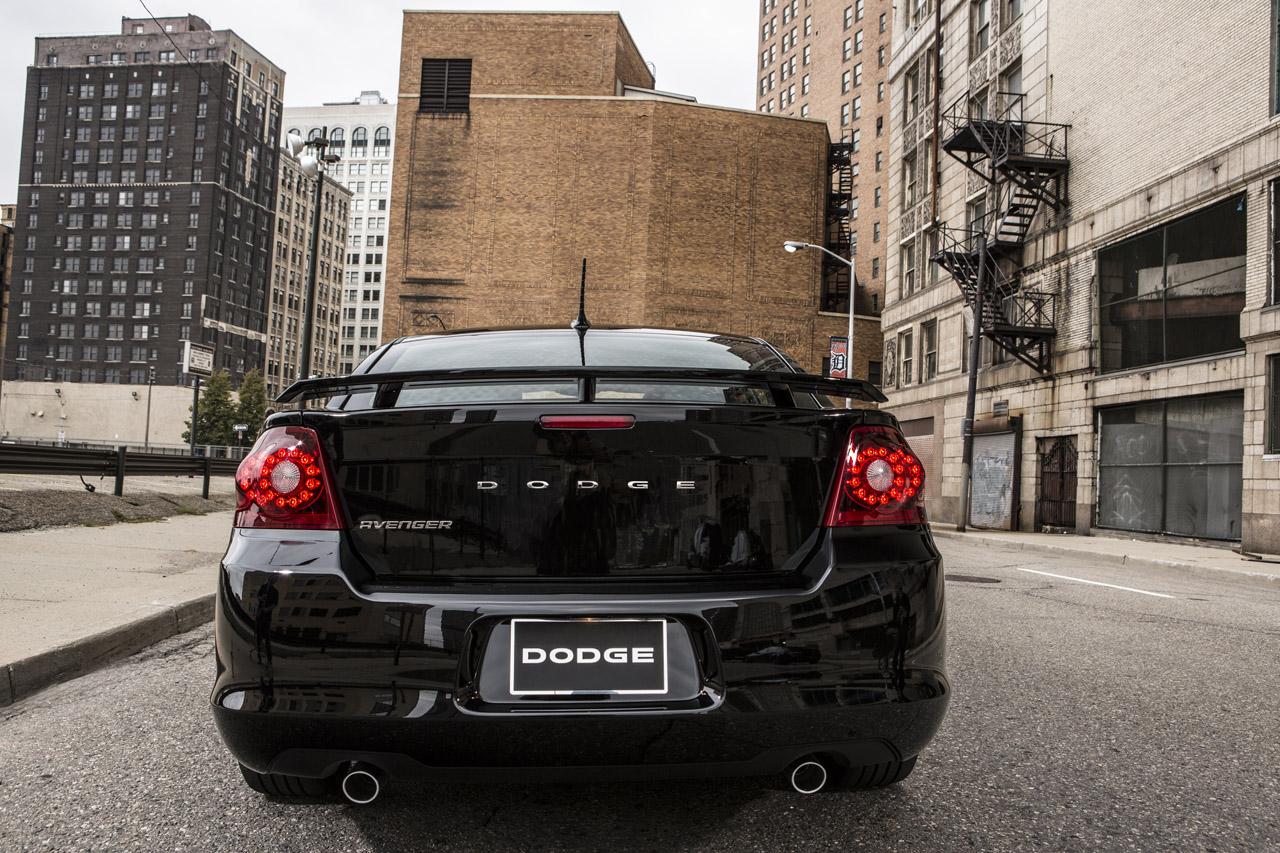 Dodge Avenger Blacktop