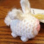 https://onceuponayarn.wordpress.com/2014/09/01/world-traveling-bunnies-free-crochet-pattern/