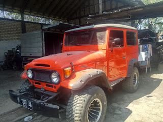Dijual TOYOTA Hardtop th 61 mesin elf power stering