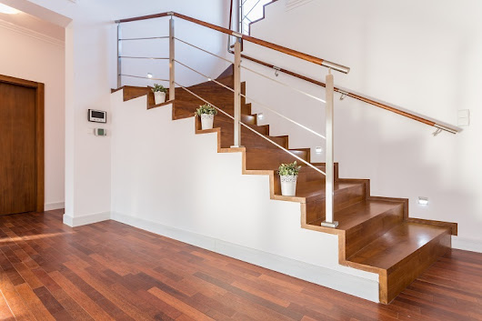 5 Tips for Finding the Right Wooden Staircase for Your Home