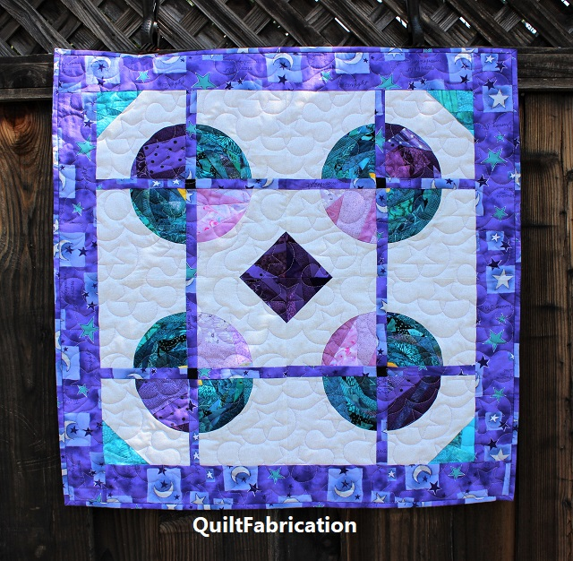 Saxon scrap quilt by QuiltFabrication