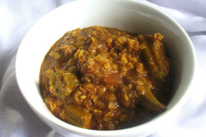 Ethiopian-Style Red Lentil and Okra in a Spicy Tomato Sauce