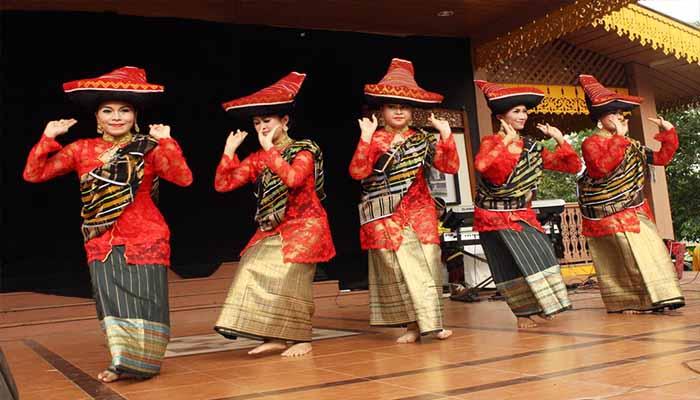 Tari Piso Surit, Tarian Tradisional Dari Sumatera Utara