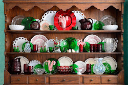 Click below for my Christmas Hutch