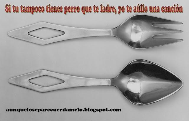 cuchara y tenedor formando una pareja peculiar